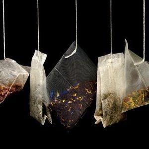 différents sache de thé dont la tisane de thym